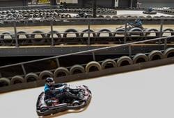 Indoor karting multi-level racing