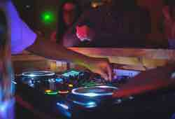 Chy Bar DJ Newquay